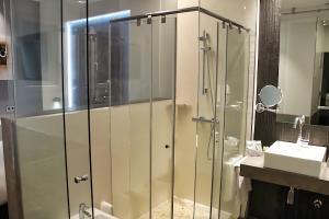 A bathroom at Hotel Regina