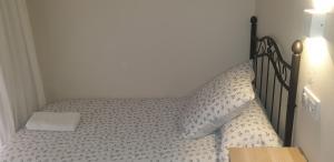Ein Bett oder Betten in einem Zimmer der Unterkunft Pensión La Montoreña