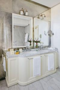 Bagno di Hotel Regency - Small Luxury Hotels of the World