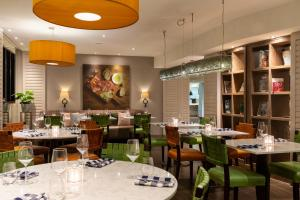 A restaurant or other place to eat at Renaissance Amsterdam Hotel