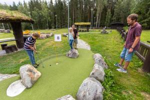 Barn på Hunderfossen Hotel & Resort