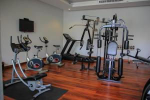 The fitness center and/or fitness facilities at Malisa Villa's Kata