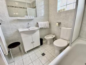Ein Badezimmer in der Unterkunft Hotel Turnerwirt