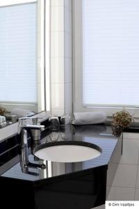 A bathroom at Landgasthof Vogt