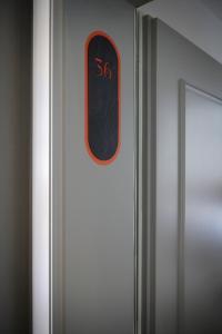 Certificato, attestato, insegna o altro documento esposto da Carina - Design&Lifestyle hotel