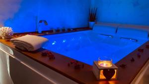 The swimming pool at or close to B&B Blu Infinito