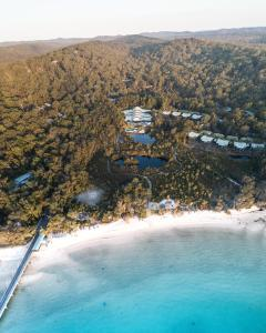 A bird's-eye view of Kingfisher Bay Resort