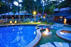 The swimming pool at or near Sutera Sanctuary Lodges At Manukan Island