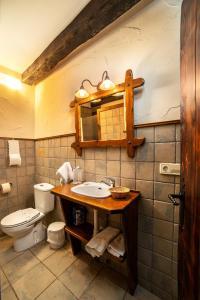 A bathroom at Posada Elbete