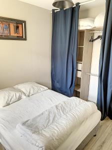Un ou plusieurs lits dans un hébergement de l'établissement 2 PIECES CENTRE ET MER