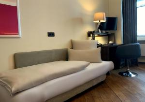 A seating area at Hotel Deutsche Eiche