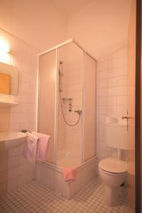 Ein Badezimmer in der Unterkunft Pension Barbara