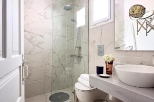 Ванная комната в Nakou Village