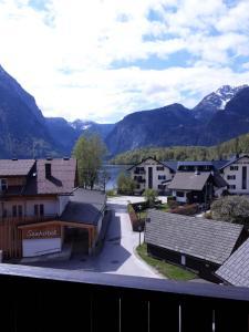 A general mountain view or a mountain view taken from a szállodákat