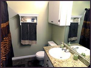 A bathroom at Mango Marco