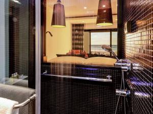 Salle de bains dans l'établissement Hotel Sofitel Agadir Thalassa Sea & Spa