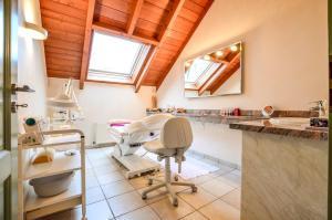 Ein Badezimmer in der Unterkunft Hotel Landhaus Krombach