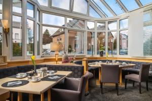A restaurant or other place to eat at Hotel Elisenhof