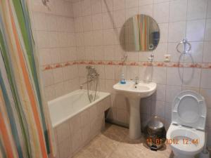 Ванная комната в Guest House Danaya