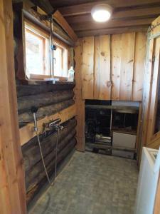 Majoituspaikan Cabin at Huskies Farm keittiö tai keittotila