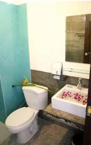 A bathroom at Krabi Cozy Place