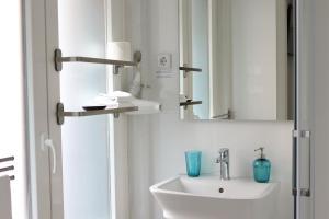 A bathroom at Hostal La Zona