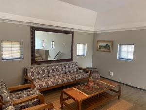 A seating area at La Gratitude Self catering cottage