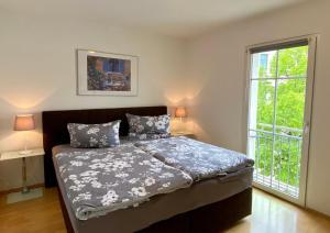 Ein Bett oder Betten in einem Zimmer der Unterkunft FeWo Riedel