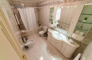 A bathroom at Four Seasons Vilamoura