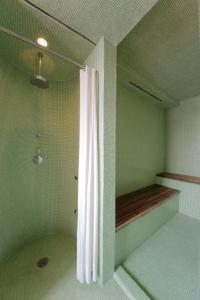 A bathroom at Condesa DF