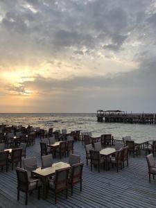 Um restaurante ou outro lugar para comer em Bhadur Resort Jeddah