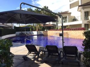 The swimming pool at or near Grand Mercure Allegra Hervey Bay