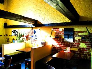 A restaurant or other place to eat at Altstadt-Hostel CVJM Lübeck