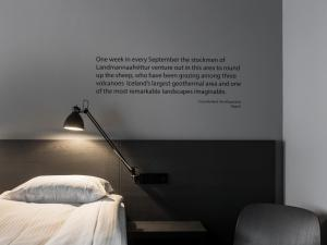 A bed or beds in a room at Skuggi Hotel by Keahotels