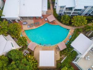 A view of the pool at Coolum At The Beach or nearby