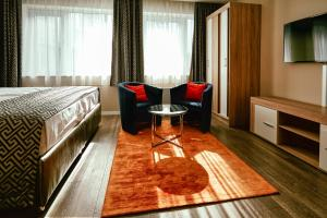 A seating area at Cherry Residence, Palace Quarter