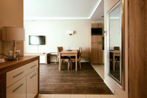 A kitchen or kitchenette at Cherry Residence, Palace Quarter