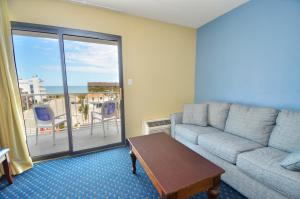 A seating area at Coastal Palms Inn and Suites