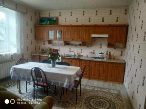 A cozinha ou cozinha compacta de Ramin Villa
