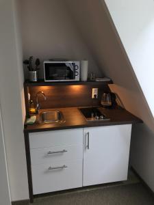 A kitchen or kitchenette at Haidhus