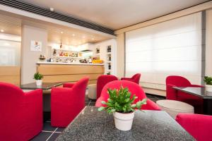 The lounge or bar area at Best Western Hotel Residence Italia