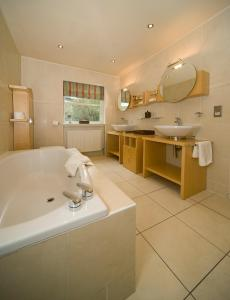 A bathroom at Isle of Eriska Hotel Spa & Golf