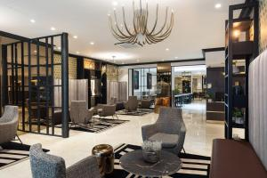 The lobby or reception area at Best Western Plus Hôtel Massena Nice