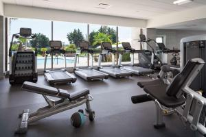 The fitness center and/or fitness facilities at Hyatt Regency San Francisco Airport