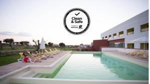 A piscina em ou perto de Monte Filipe Hotel