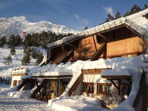 Hotel Nido dell'Aquila during the winter