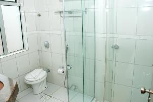 A bathroom at Caravelle Palace Hotel