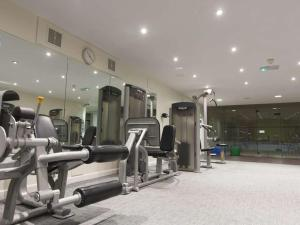 The fitness center and/or fitness facilities at Gloucester Robinswood Hotel, BW Signature Collection