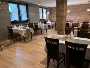 Restauracja lub miejsce do jedzenia w obiekcie A&P Motel