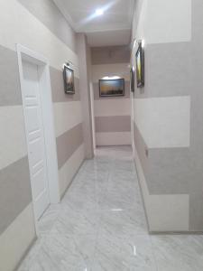 Um banheiro em RAMIANI
